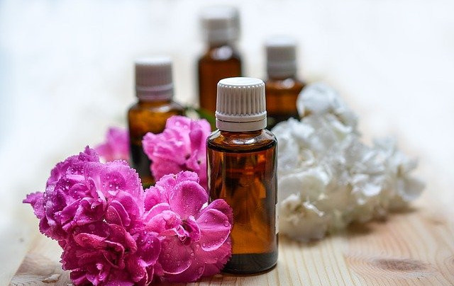tips-to-use-essential-oils-at-home-and-round-about